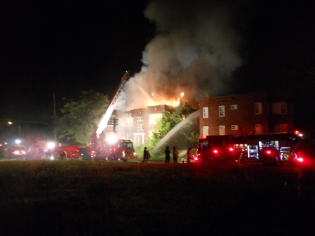 apartment fire 4 and 8